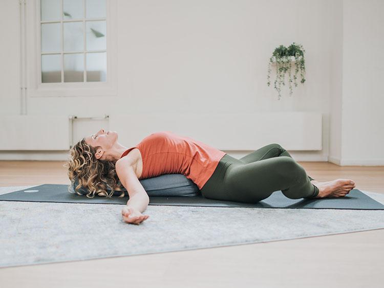 5. online yin yoga opleiding-kl