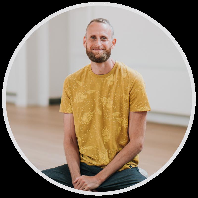 Sijbrand Maal online yogaopleiding vinyasa yin teacher training