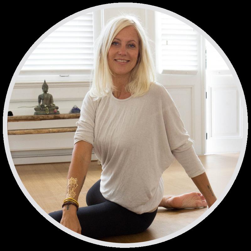 Marijke Neerings de nieuwe yogaschool online yoga teacher training