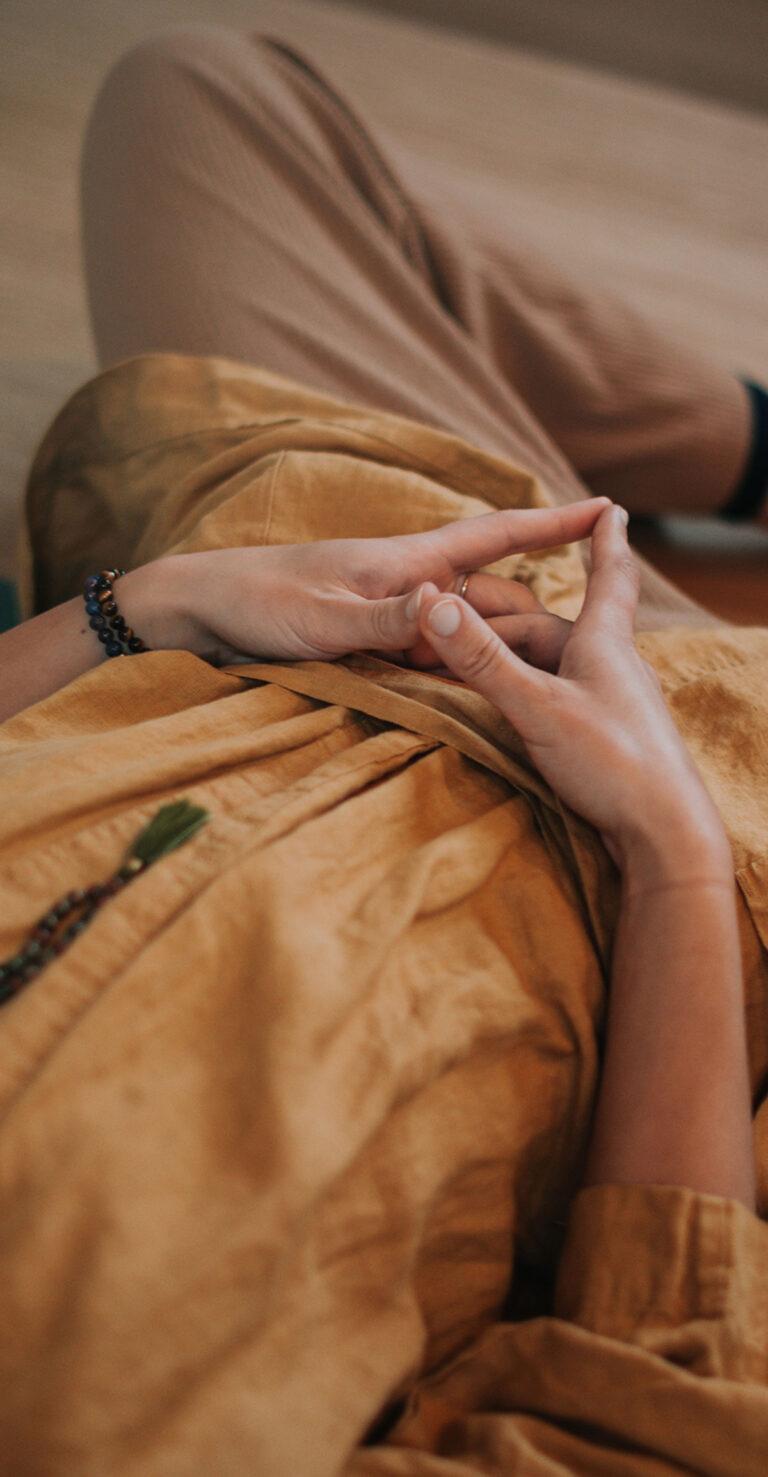 De_nieuwe_yogaschool_online_yogaopleiding_teacher_training yoga johan noorloos 152