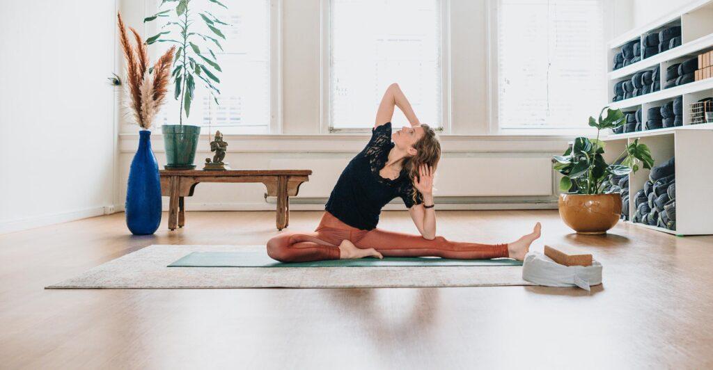 yin-yoga-als-rustmoment-in-het-drukke-leven-blog