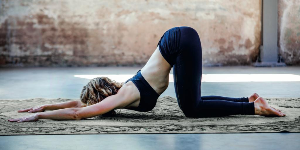 Yin yoga melting heart schouders blog