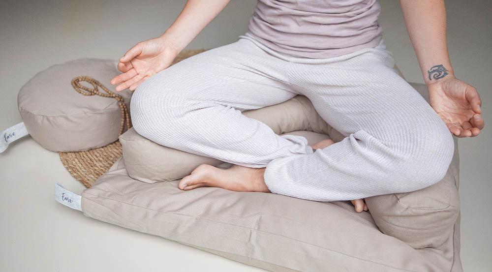 meditatiekussen-halve-maan-easz